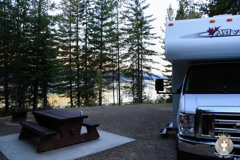 Stellplatz auf dem McDonnald Creek Campground, BC, Kanada