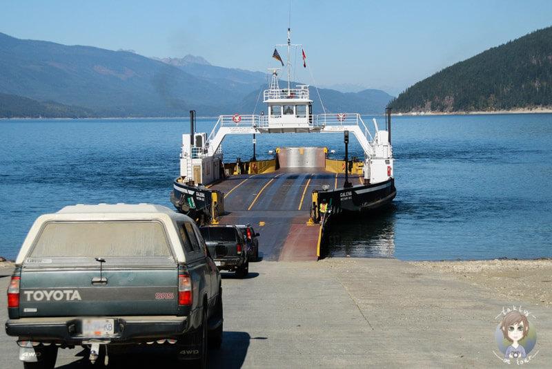 kostenlose Fähre von der Galena Bay zur Shelter Bay, Upper Arrow Lake, BC, Kanada