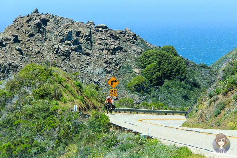 Fahrradfahrer auf dem Highway 1
