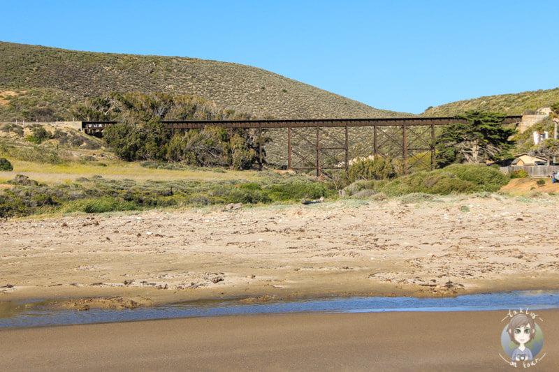 Eisenbahnbrücke am Jalama Beach