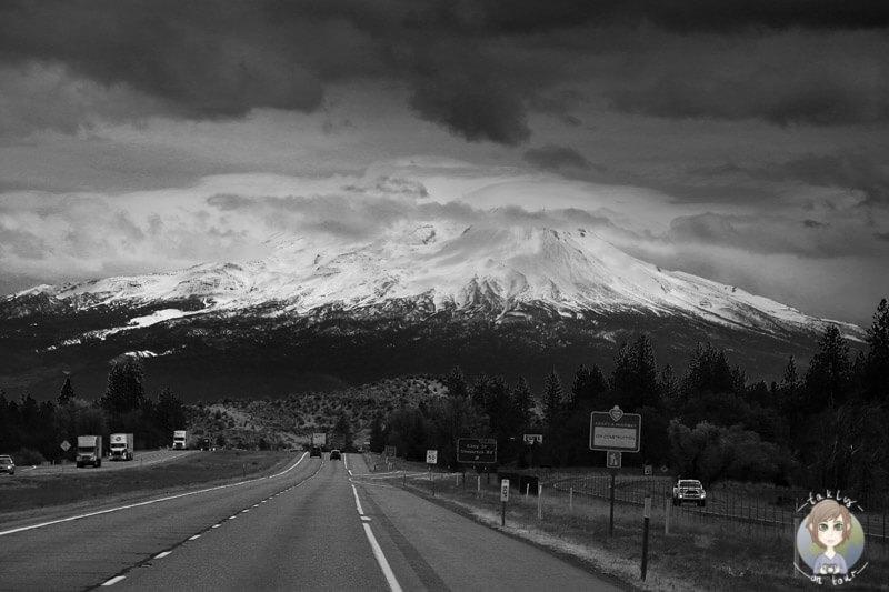 Mount Shasta (2)