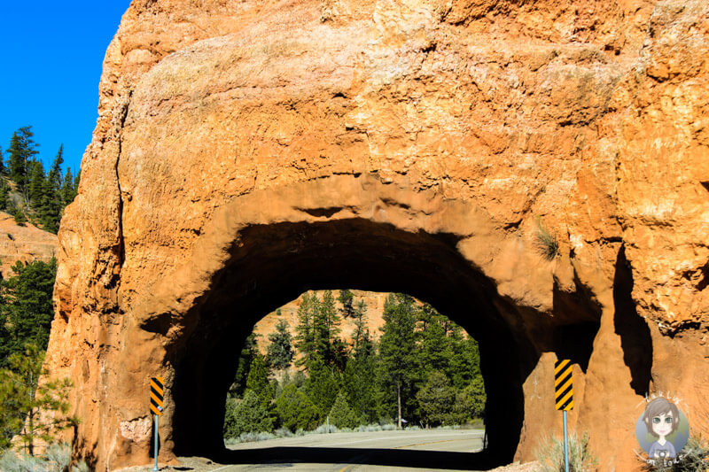Tunnel im Red Canyon