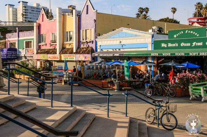 Cafés in Santa Monica