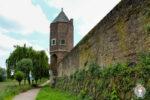 Die Stadtmauer in Zons am Rhein