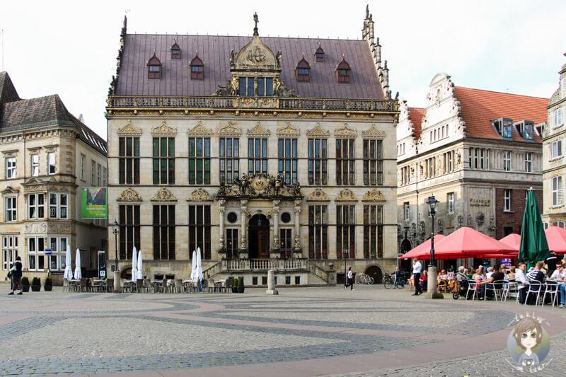 Auf dem Rathausplatz in Bremen