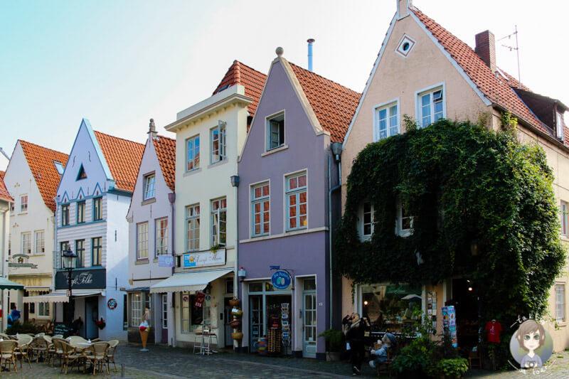 Wunderschöne, bunte Häuser in Schnoor, Bremen