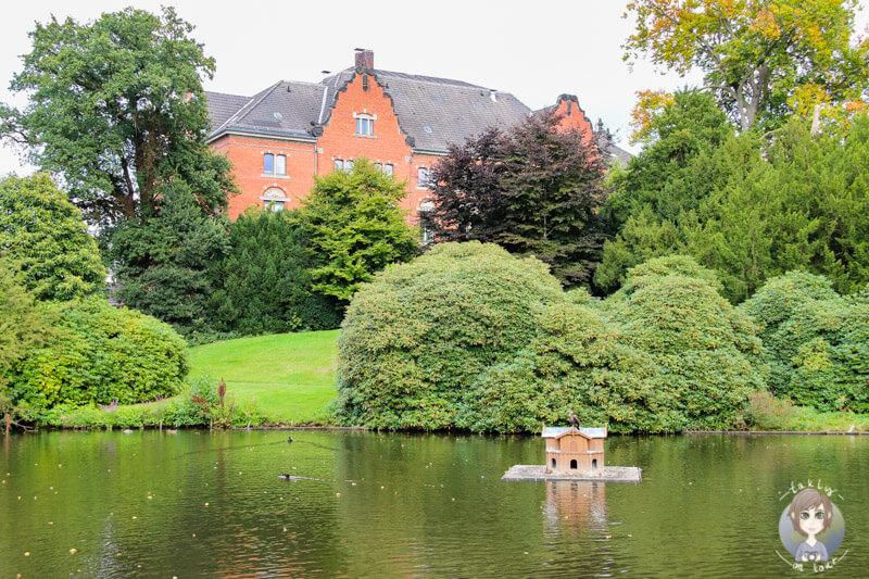 Der Schlossteich in einer schönen Parkanlage von Oldenburg