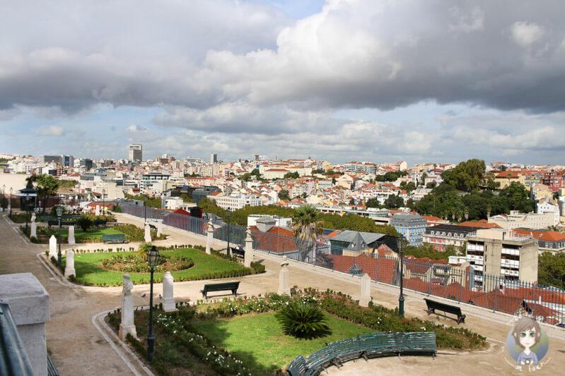 Einer der schönsten Aussichtspunkte in Lissabon ist der São Pedro de Alcântara