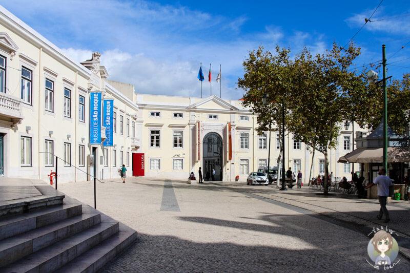 Ein schöner Platz im Bairro Alto in Lissabon