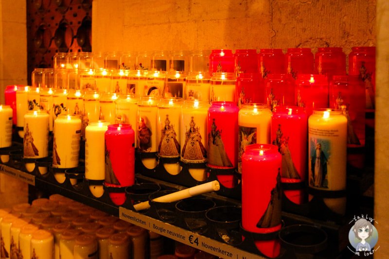 Kerzen in der Liebfrauen Kathedrale, Antwerpen