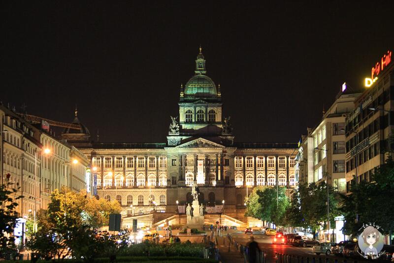 Nationalmuseum-Wenzelsplatz-Prag
