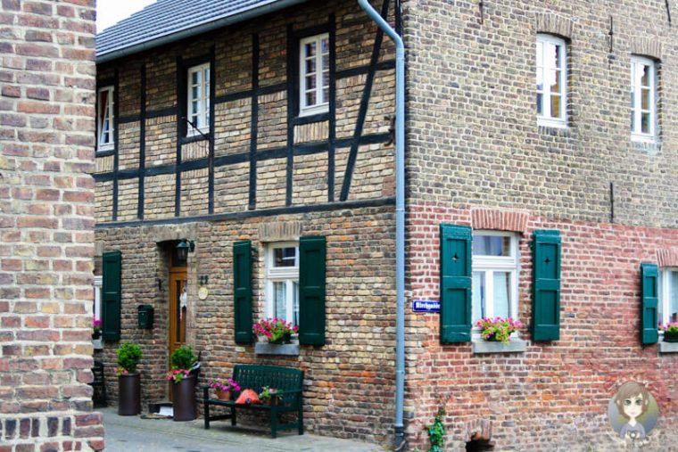 Schöne Fachwerkhäuser in der Altstadt von Bedburg Kaster