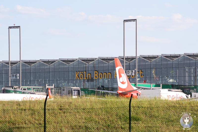 Flugzeuge beobachten Koeln Bonn Flughafen