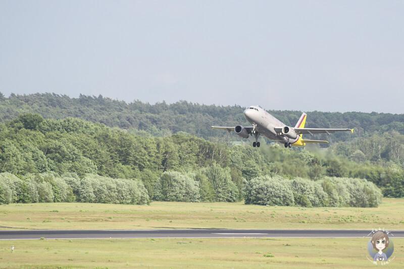 Start Flugzeug Koeln Bonn
