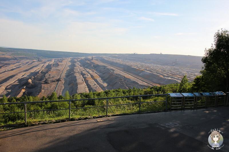 Die Aussichtsplattform vom Tagebau Hambach in Elsdorf