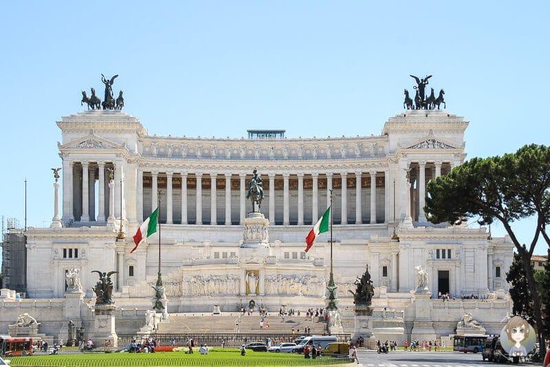 Die schönsten Rom Sehenswürdigkeiten und die wichtigsten Rom Tipps, wie hier das Monumento a Vittorio Emanuele II