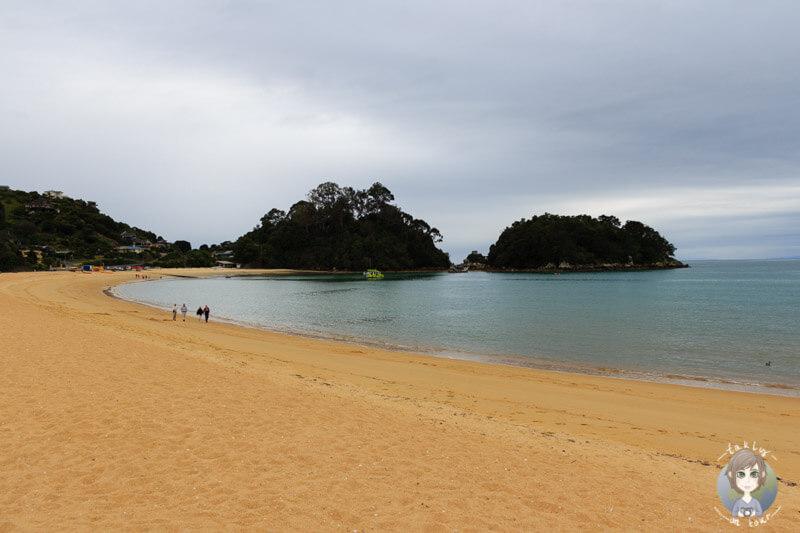 Strand in Kaiteriteri im Abel Tasman National Park