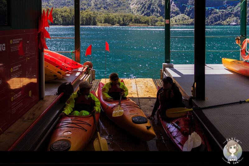 Plattform zum Absenken von Kayaks