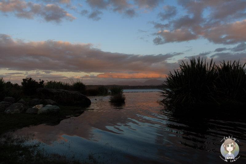 Der Sonnenuntergang am Lake Mahinapua