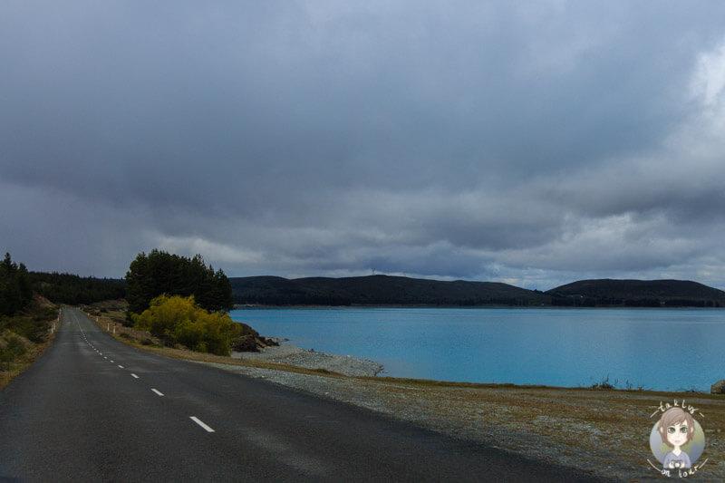 Fahrt entlang des Lake Pukaki, Neuseeland