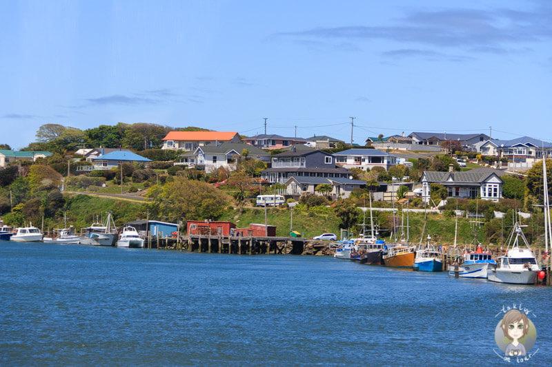 kleiner Fischerhafen an der SH99 in Neuseeland