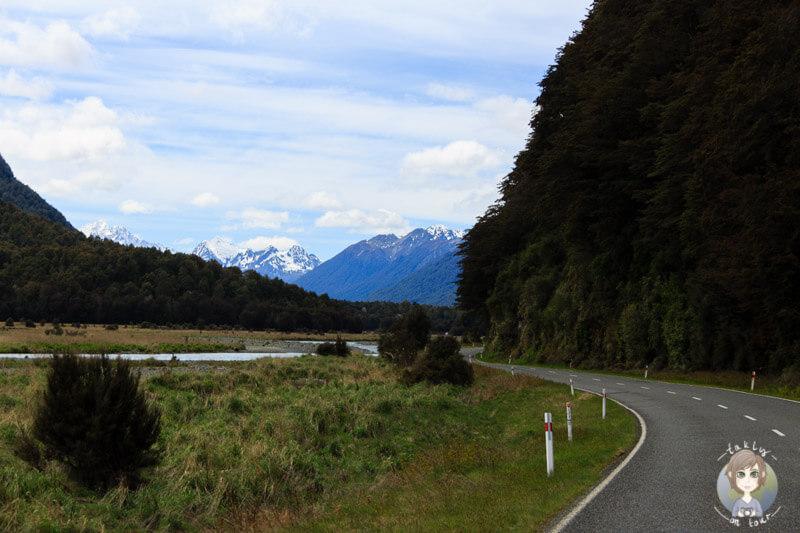Fahrt über den Te Anau - Milford Highway