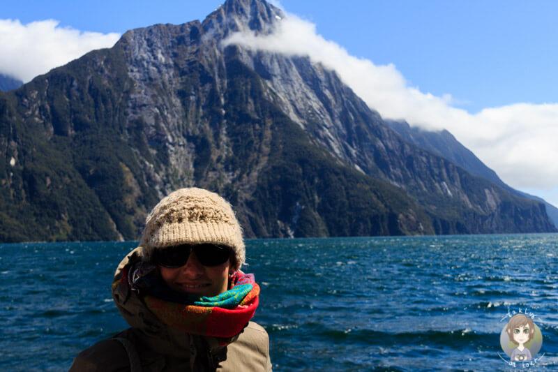 meine Fahrt über den Milford Sound mit dem Mitre Peak im Hintergrund