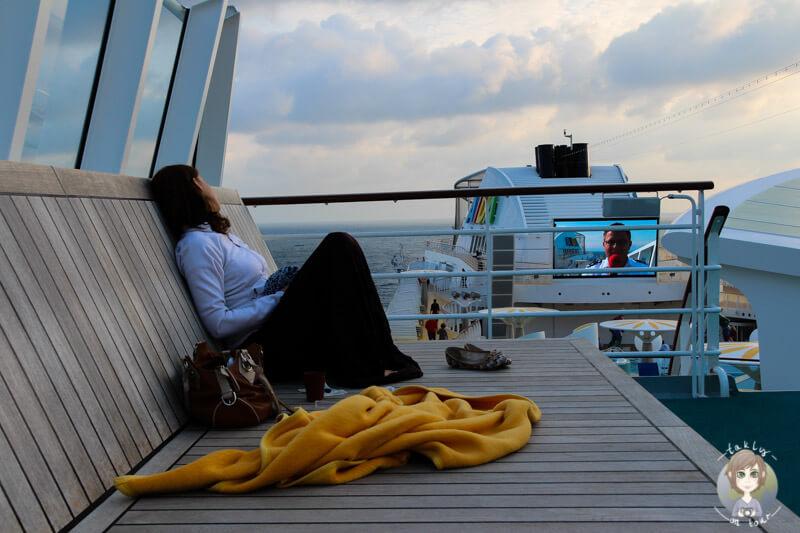 Das Aussendeck auf der AIDA lädt zum entspannen ein (3)