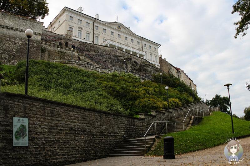 Die Patkuli Trepp führt auf den Domberg von Tallinn
