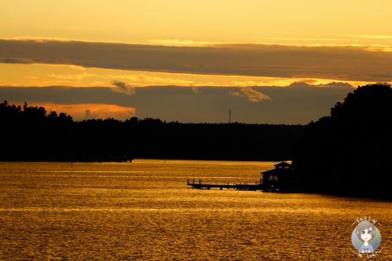 Sonnenuntergang über den Schären (1)