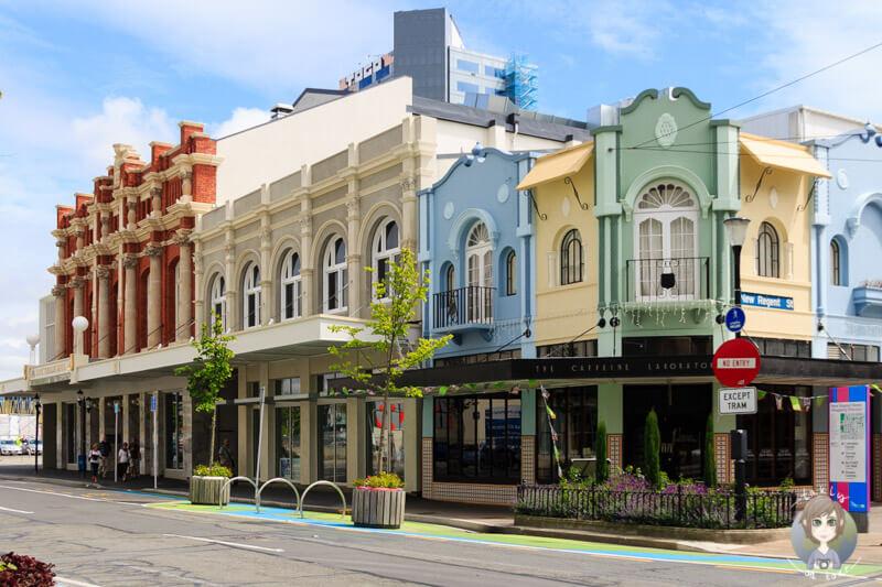 sehenswerte, bunte Gebäude nahe der City Hall in Christchurch