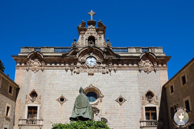 Die Basilika von Lluc auf Mallorca