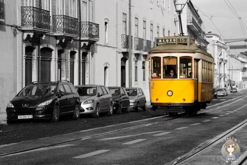 Die Tram auf dem Weg nach Belém, Lissabon