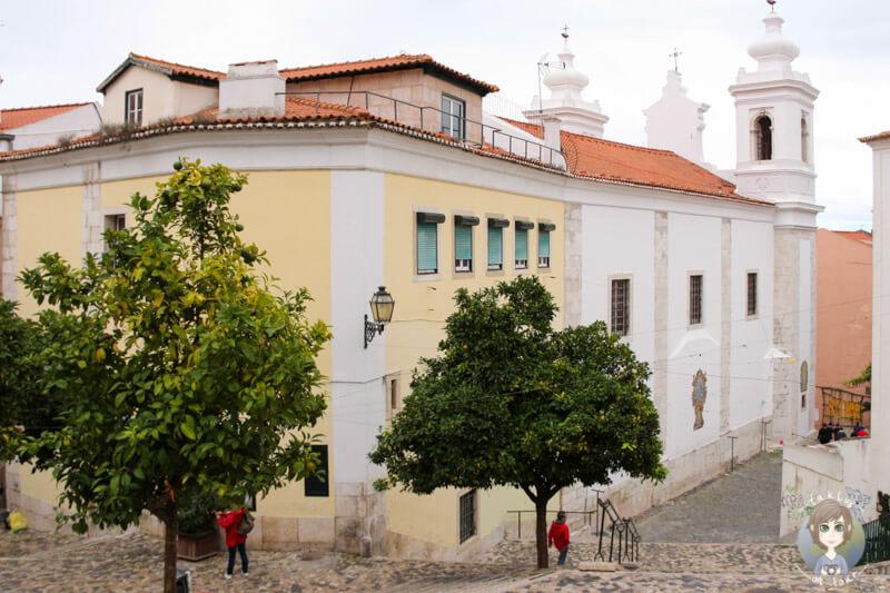 Ein Platz in Alfama, Lissabon