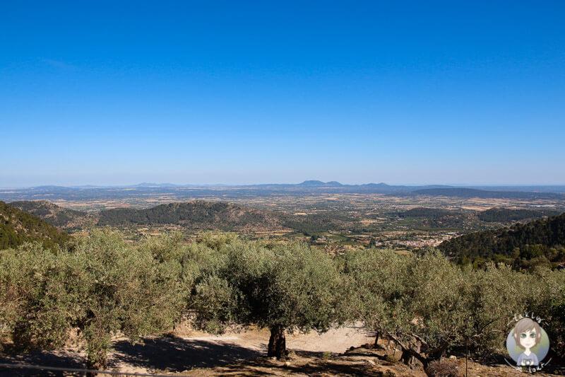 Die tolle Aussicht vom Weg zum Castell de Alaró