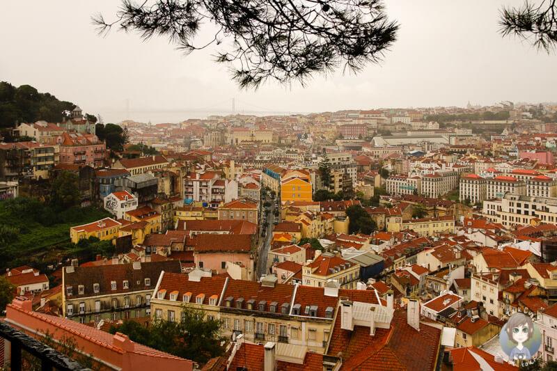 vom Miradouro da Graça in Lissabon