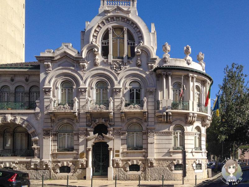Lissabon eignet sich prima zur Architekturfotografie wie hier ein altes Gebaeude