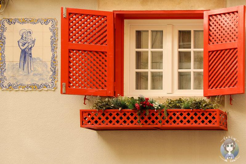 Ein Fenster in Lissabon