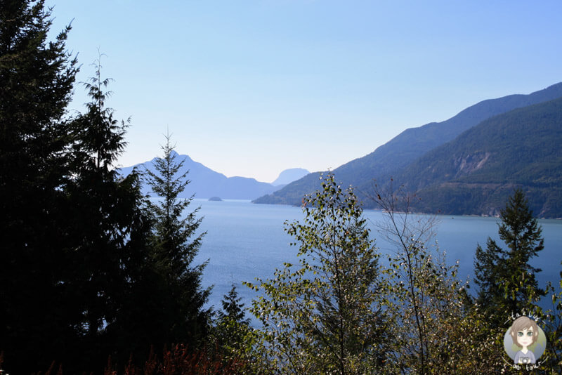 Blick über den Howe Sound, Sea to Sky Highway, British Columbia
