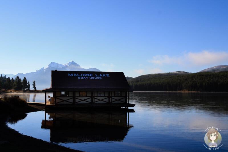 Boote leihen auf dem Maligne Lake, Jasper, Kanada