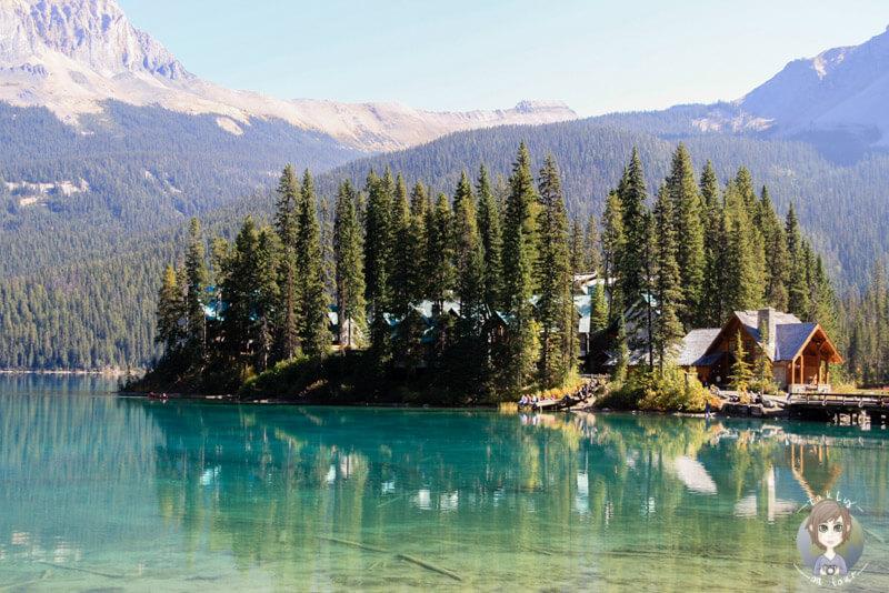 Die Emerald Lodge liegt malerisch im Emerald Lake, BC, Kanada