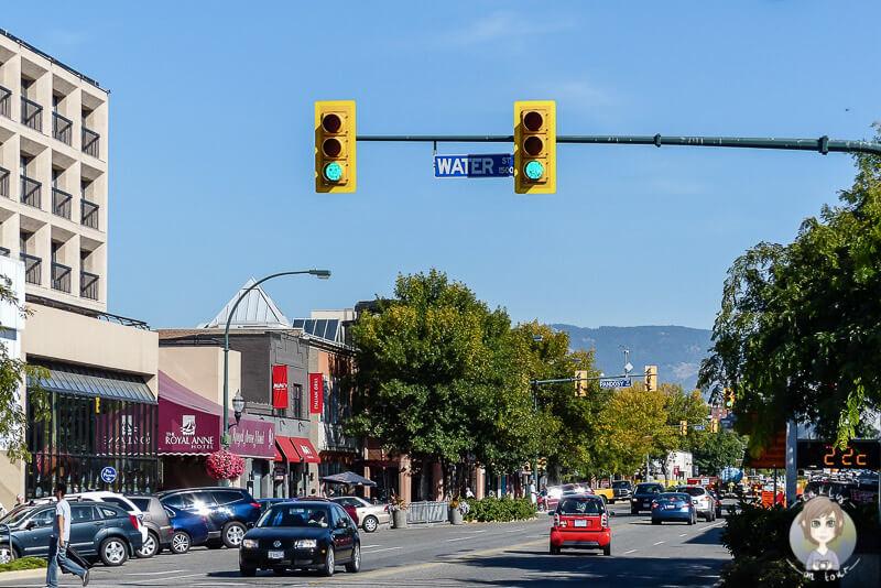 Die Hauptstraße von Kelowna, BC, Kanada