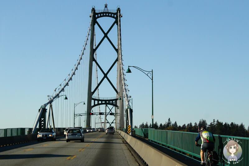 Die grüne Lions Gate Bridge gilt als Wahrzeichen von Vancouver und ist eine tolle Sehenswürdigkeit