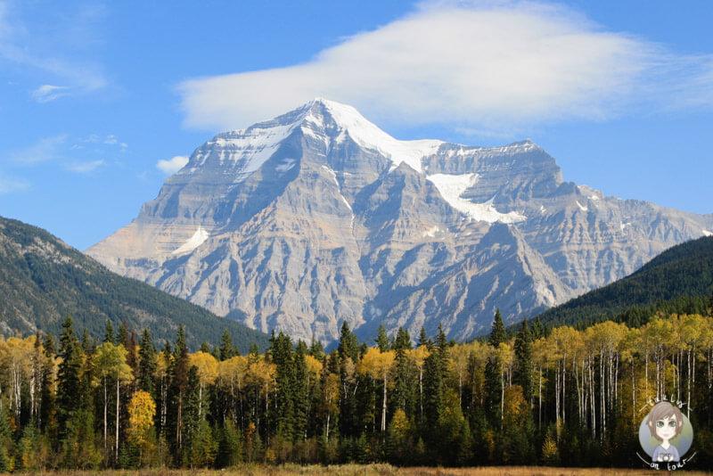 Der Mount Robson in Kanada ohne Wolken