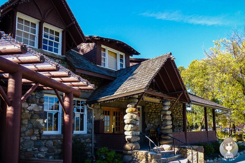 Das sehenswerte Visitor Center in Jasper, Alberta, Kanada