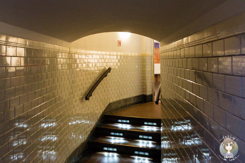 Der Zugang zum Aufzug zum Michel