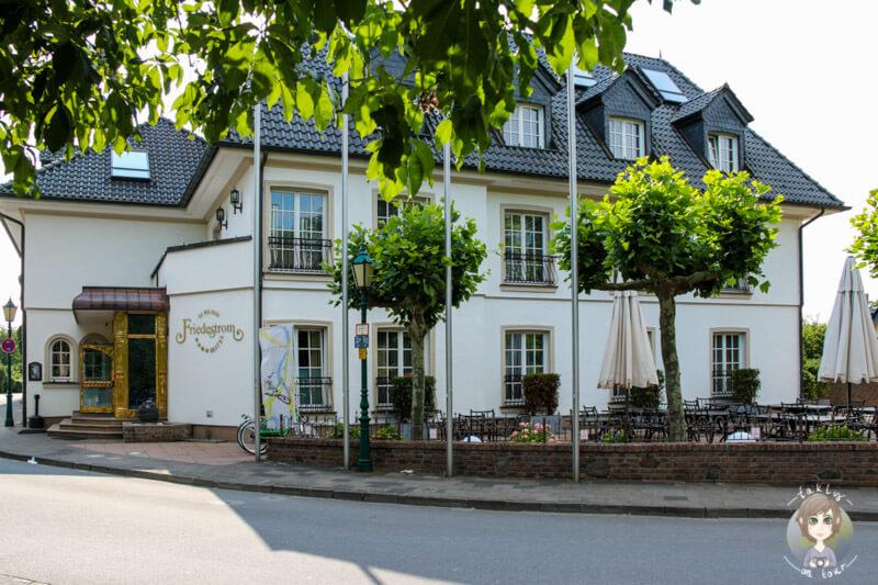 Hotel Schloss Friedestrom in Zons am Rhein