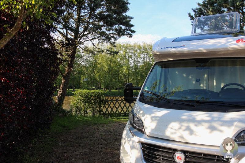 Camping am Fluss Allier, Frankreich