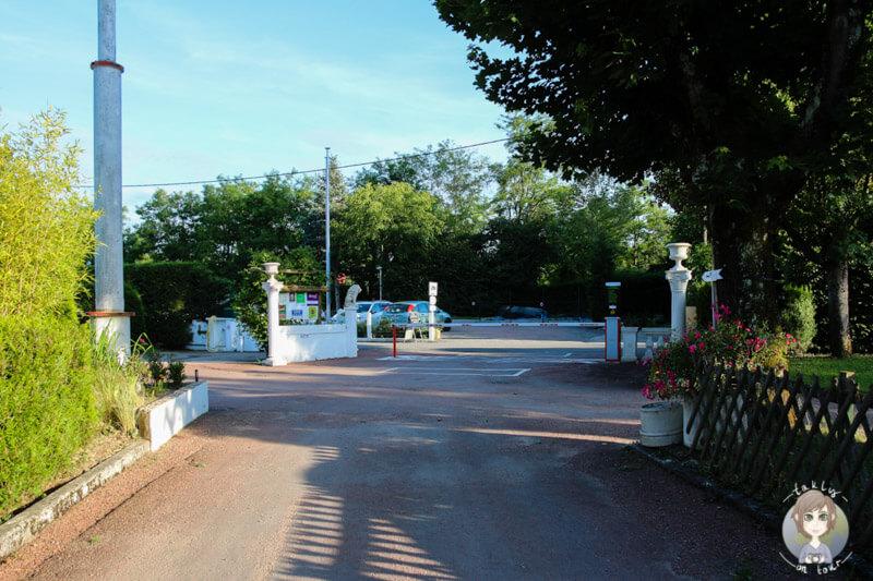 Einfahrt des Campingplatzes Beau Rivage, Nahe Vichy