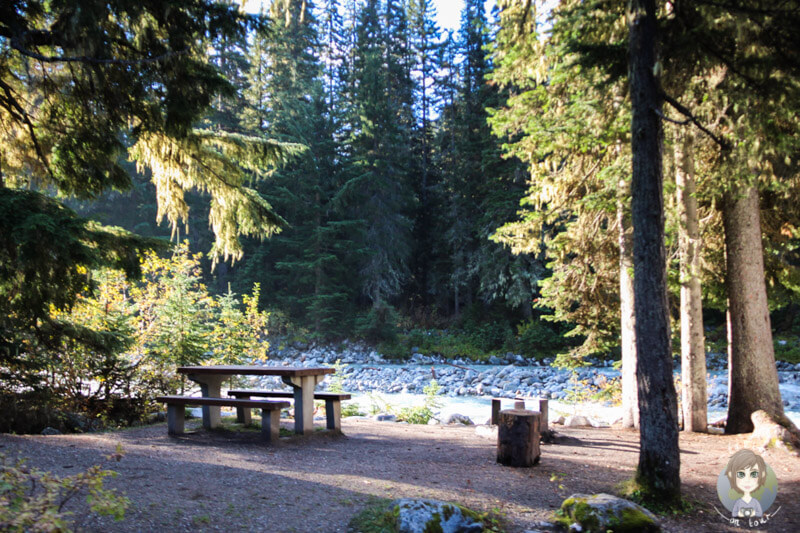 Campingplatz am Fluss, Rogers Pass, Kanada